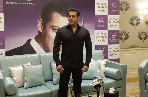 Salman Khan Launch of Jewellery Store In Dubai